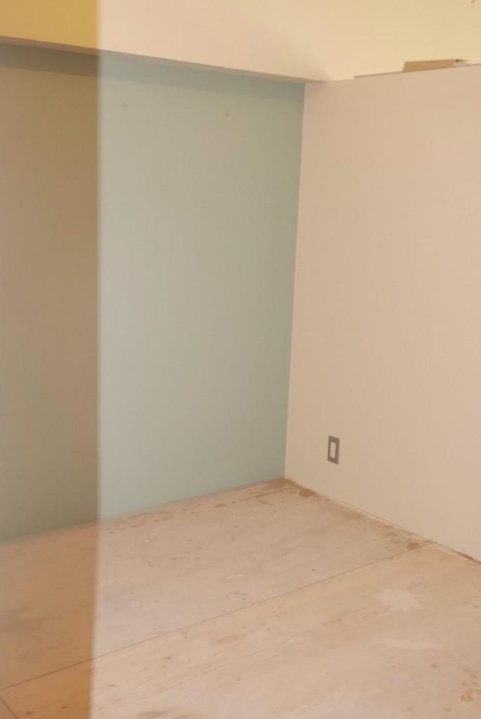 寝室の色を緑色に変える